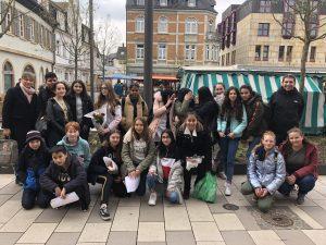Besuch auf dem Wochenmarkt | Crucenia Realschule plus Bad ...